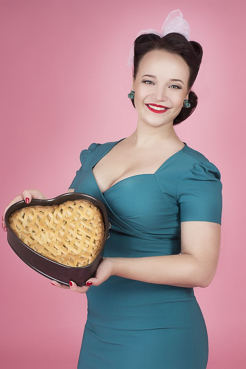 Emma Polak, Assistent bedrijfsleider en banketbakker van Latte Heart Coffee & Cakes