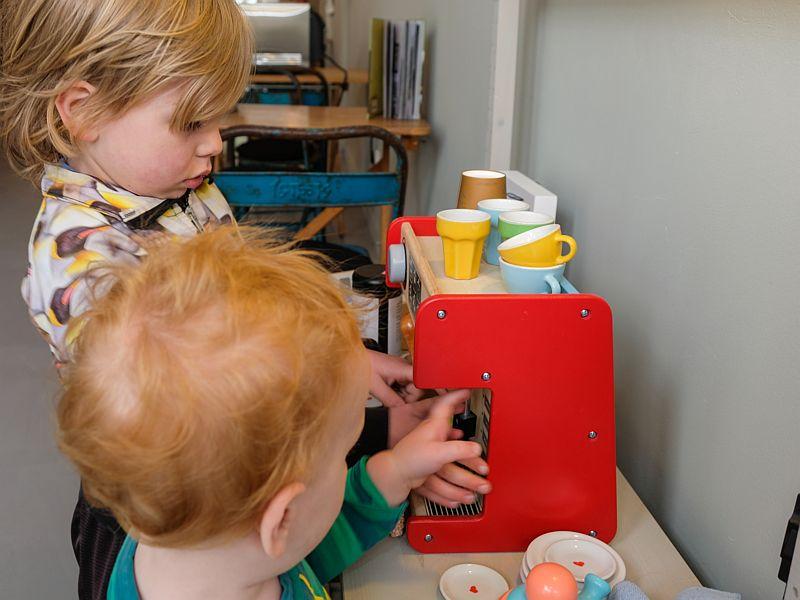 Kidsbarista school bij Latte Heart Coffee Cakes Schiedam